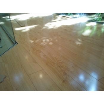 12.3mm laminate floor