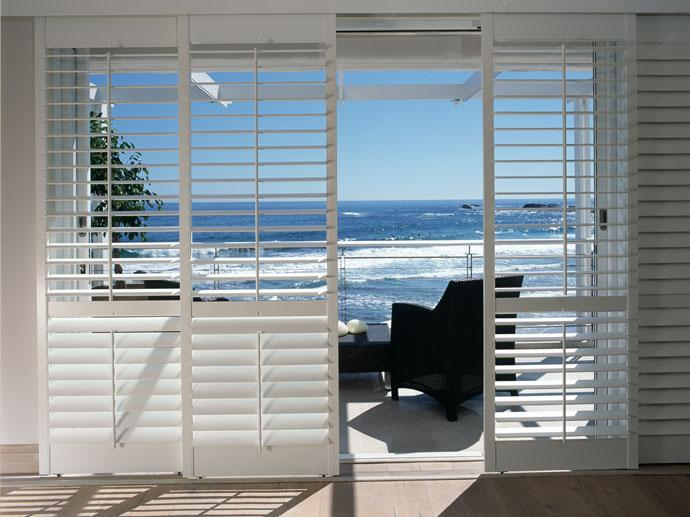 Gloshutters is a Sydney Plantation Shutter direct importer provides ...